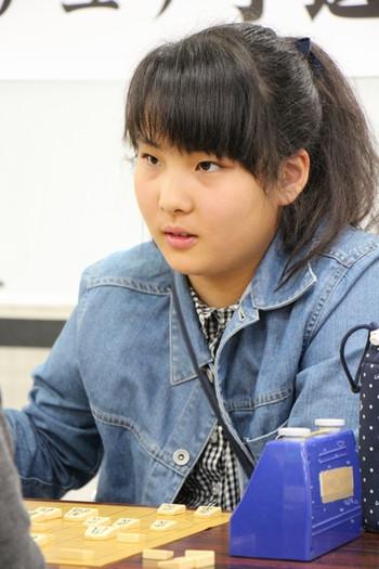岩佐美帆子さん
