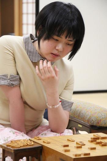 加藤桃子女流三段