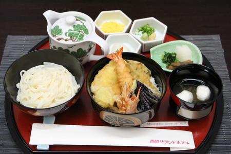 藤井棋聖の昼食