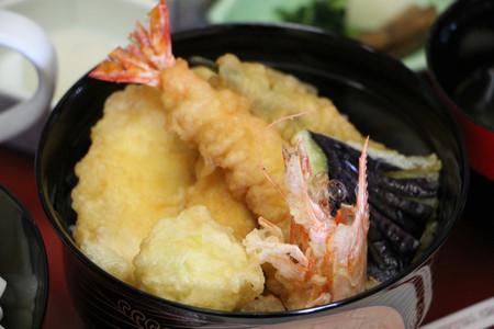 玄海産車海老と九州産野菜の天丼