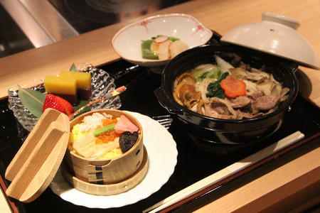 キジ鍋うどんと寿司定食