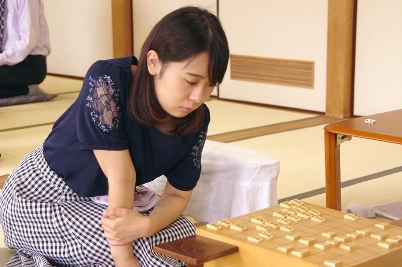 和田あき女流初段応援スレ Part2  YouTube動画>6本 ->画像>235枚